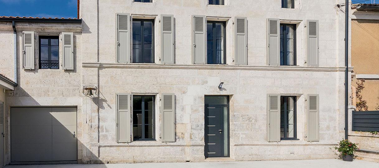 Rénovation de façade avec les menuiserie K•LINE